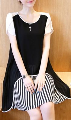 Rochie de culoare neagra cu alb
