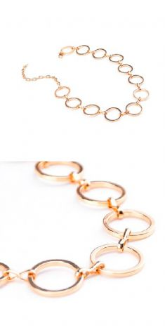 Colier cu cercuri aurii