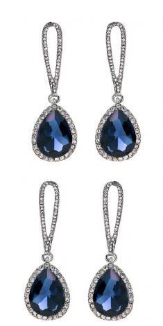 Cercei cu cristale albastre si strasuri argintii