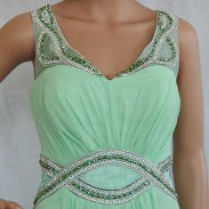 Rochie verde deschis cu strasuri si margele