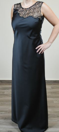 Rochie de seara neagra cu dantela