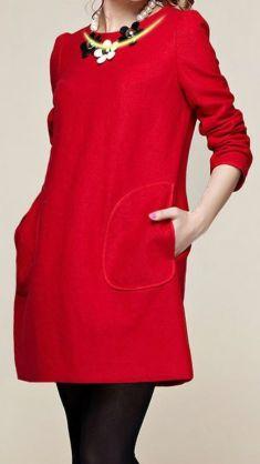 Rochie rosie cu buzunare aplicate