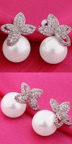 Cercei argintii cu zirconii si perle