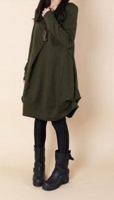 Rochie verde inchis cu buzunare aplicate