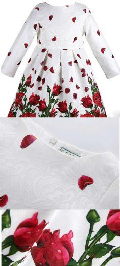 Rochita alba cu trandafiri rosii