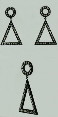Cercei negri cu strasuri, forma triunghiulara