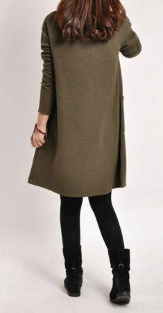 Rochie/bluza maro cu maneca lunga si buzunar aplicat