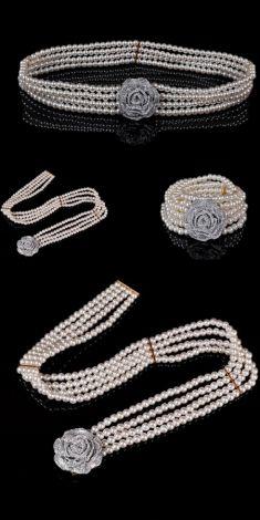 Curea din perle albe, catarama cu strasuri