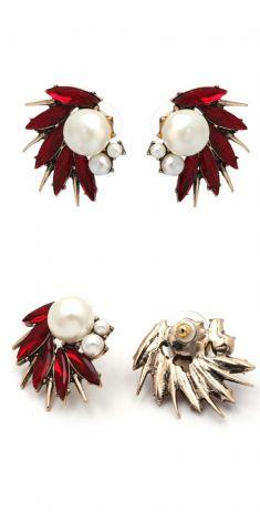 Cercei aurii cu cristale rosii si perle