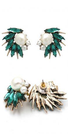 Cercei aurii cu cristale verzi si perle